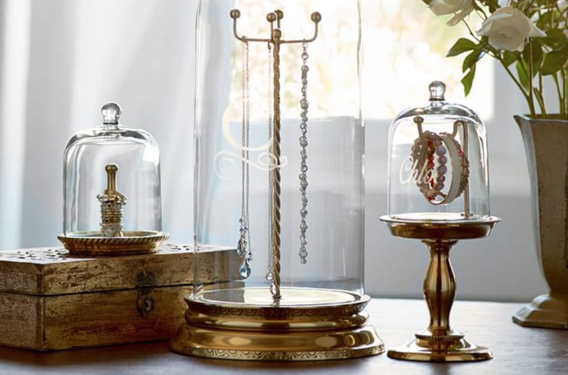 Jewelry storage in glass safe